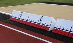 Индикатор расстояния для прыжков в длину